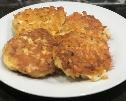 Chedz Crab Cakes - Courtesy of Susan Hall